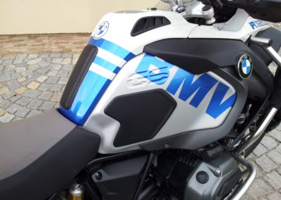 polep_motocyklu_BMW