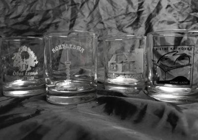 dárkové sklenice suvenýry pamatky